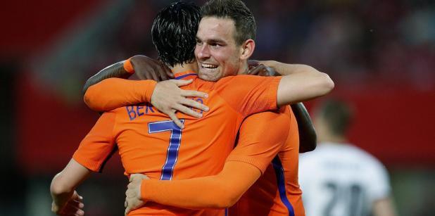 23/06 Kaartverkoop Oranje van start