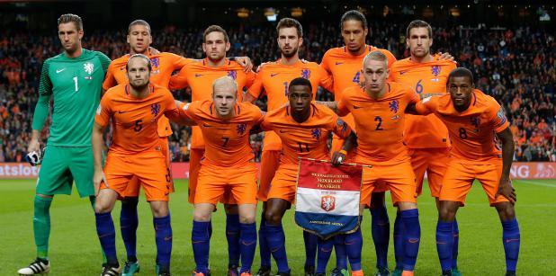 Win een gesigneerd Oranjeshirt (1)