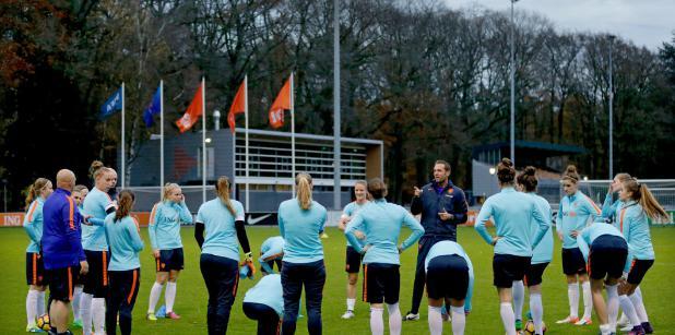 06/12 Trainingskamp Oranjevrouwen